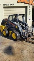 Where to rent SKID STEER,NEW HOLLAND 228 in Miami FL